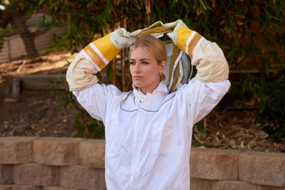 Actress and Bee Advocate Beth Behrs Suits Up for ABERFELDY Single Malt Scotch Whisky's 2021 Barrels & Bees Program
